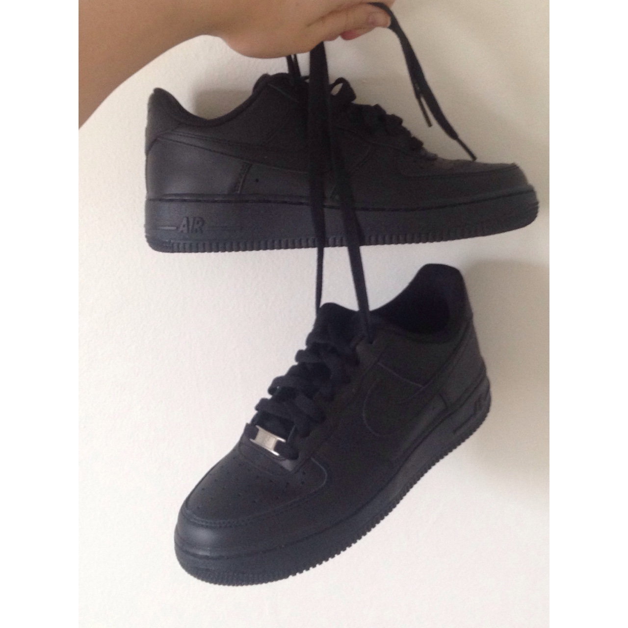 Black Nike Air Force-1 '82. Comes in