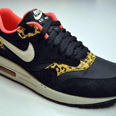 another chance 29334 73af8 @sophiefcrane. 2 years ago. Manchester, UK. Nike air max 1 safari black  with leopard print ...