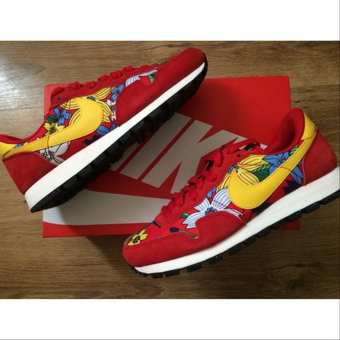 f7920ed51ad58 czech more floral finishes land on the nike air pegasus 83 b9eac 69c17  czech  nike air pegasus 83 floral print trainer in red u2022 size 6 uk depop 909a3