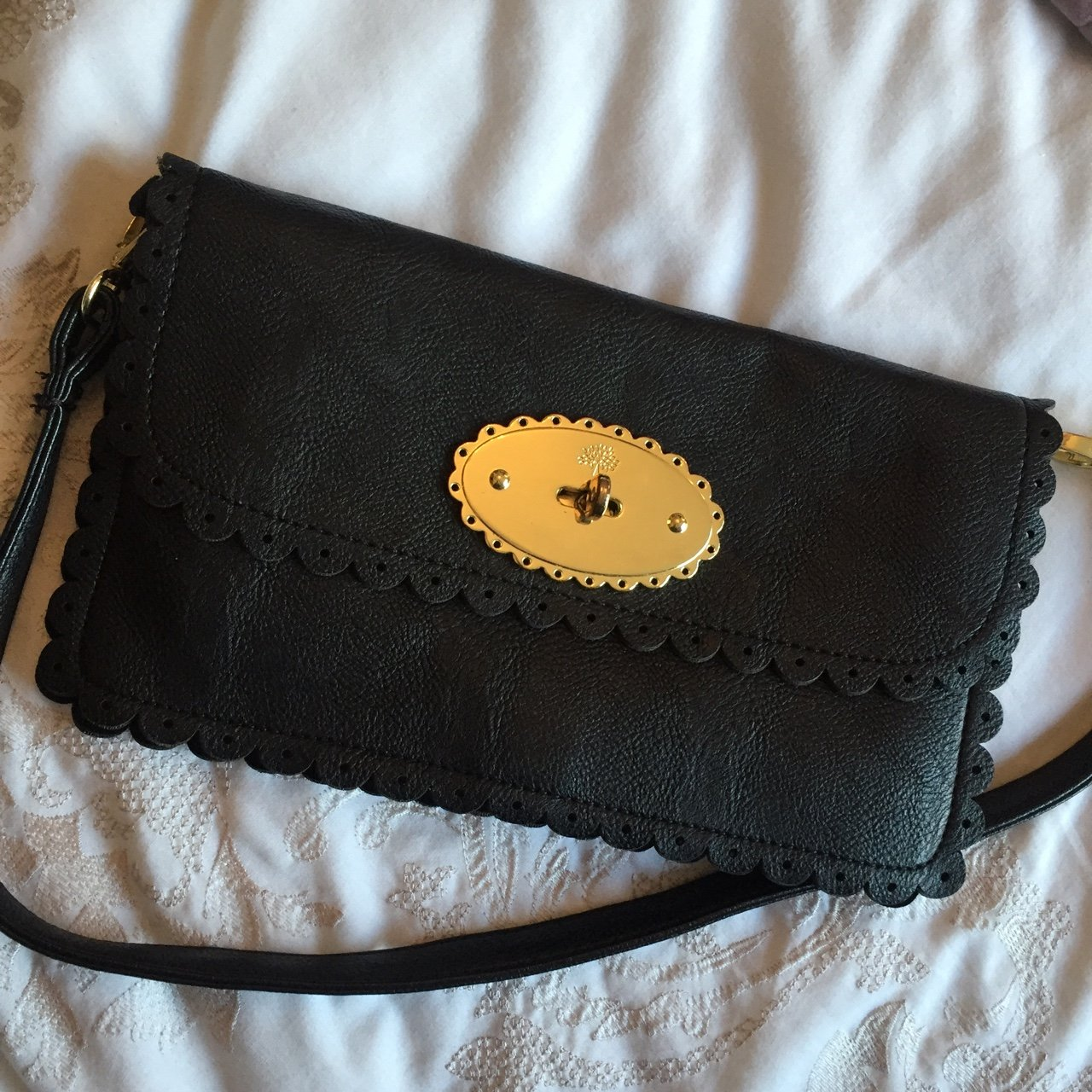 37c05ce1cc6b More photos of the mulberry style clutch for sale! - Depop