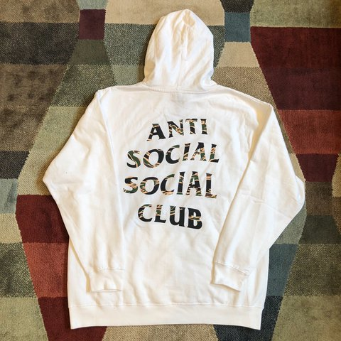 a8992cf29 @sawayani. last year. Lowell, United States. Anti Social Social Club Tiger  Camo Hoodie • White Baggy ASSC Sweatshirt • Supreme 9/10 Condition ...
