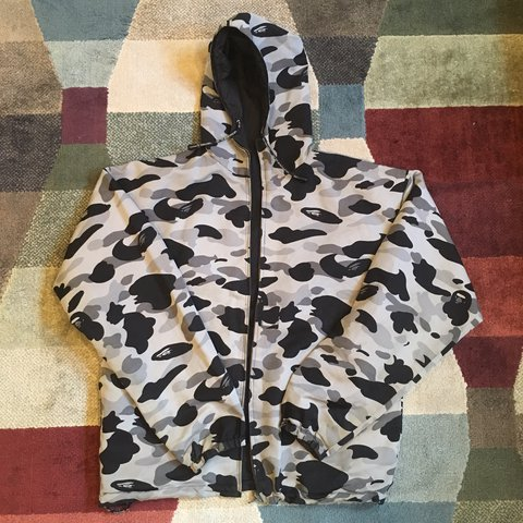 735cbe87a37b Bape Reversible Windbreaker • A Bathing Ape Cycles Vintage   - Depop