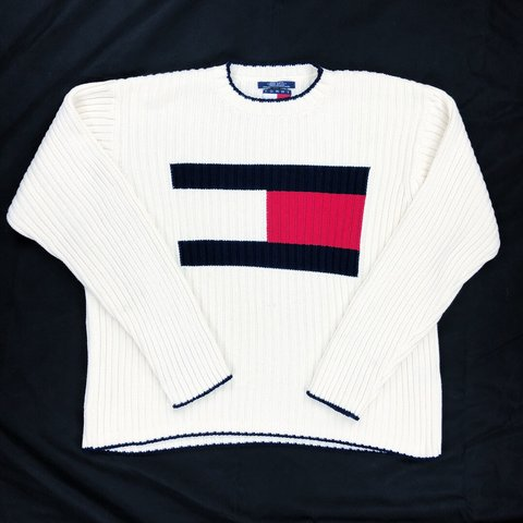 ad19a596 @sawayani. last year. Boston, United States. Tommy Hilfiger Vintage 90s Big  Flag Box Logo Sweater ...