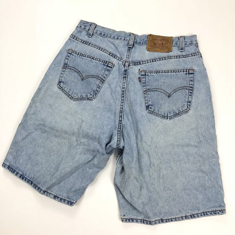 cf0f2926 Vintage Levi's Men's 560 model denim shorts. Perfect jean a - Depop