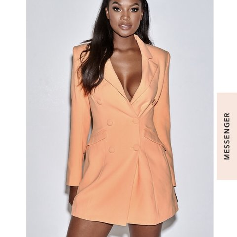 c78a099c27b3 LOOKING FOR house of cb raven crepe blazer dress in a size S - Depop