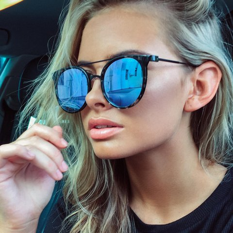 87ed86184e QUAY Australia  Kandy Gram  sunglasses. Worn once. Great - Depop
