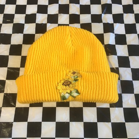 1d098e00 @saripinx. last year. Los Angeles, United States. Mustard yellow sunflower  beanie💖💕🌟 ...