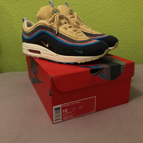 29bbb4faec7 Nike 97 1 Sean Wotherspoon airmax size US10 cond 9 10 HMU - Depop