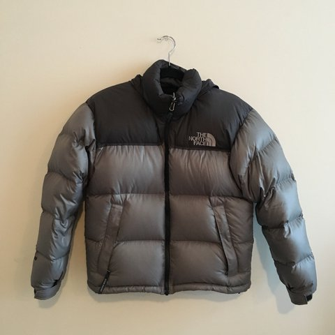 6f2378fd06 Vintage North Face Nuptse 700 puffer down jacket in Small - Depop