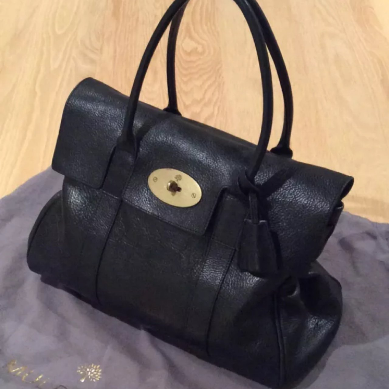 Genuine mulberry Bayswater. Black. Excellent condition. Dust - Depop aa84d2584e482