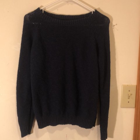bccbc5b6590 navy forever 21 sweater (SWIPE FOR BETTER PICTURE OF THE - Depop