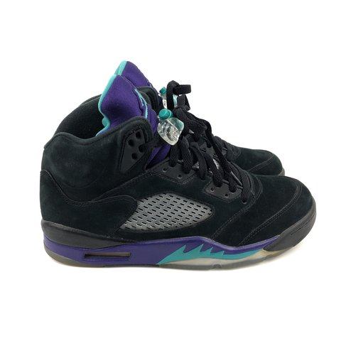 b9bf4a79cc03dd Nike Air Jordan 5 Retro - Black Grape - US7 UK6 EU40 - 7 10 - Depop