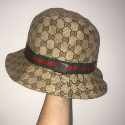 a04d265be14 STILL AVAILABLE!! OPEN TO OFFERS!!authentic vintage Gucci in - Depop