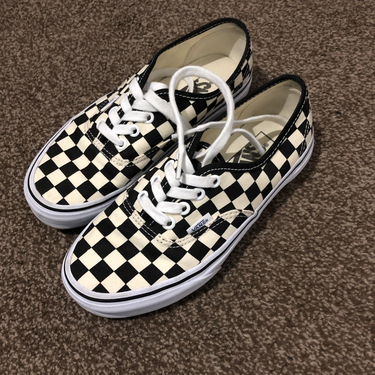 254633de8eb49a Check vans authentic size 3!