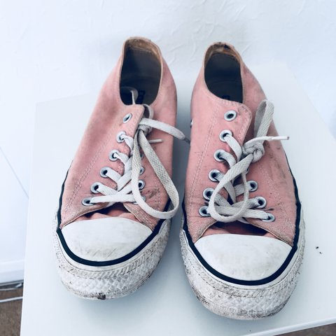 816702f83cd8  nicsstore. 3 hours ago. United Kingdom. SALE 💫Pink low lace up converse  💫 women s size 6 ...
