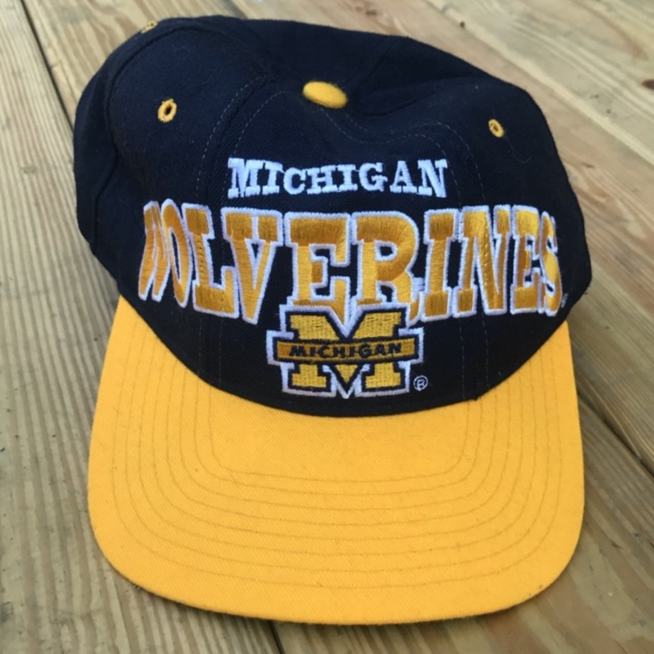 Vintage 90s Michigan Wolverines Starter SnapBack  Michigan - Depop 895a80c7f52