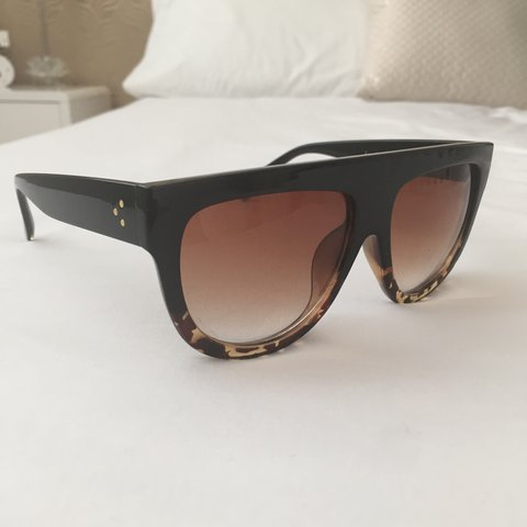 f920a15fbd ... Celine style flat top sunglasses hardly ever worn in great Depop