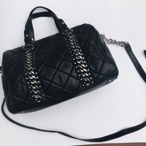 cc606eef1fc7 @lexibrigette. last year. Chula Vista, United States. Medium black quilted  Michael Kors bag with silver hardware.