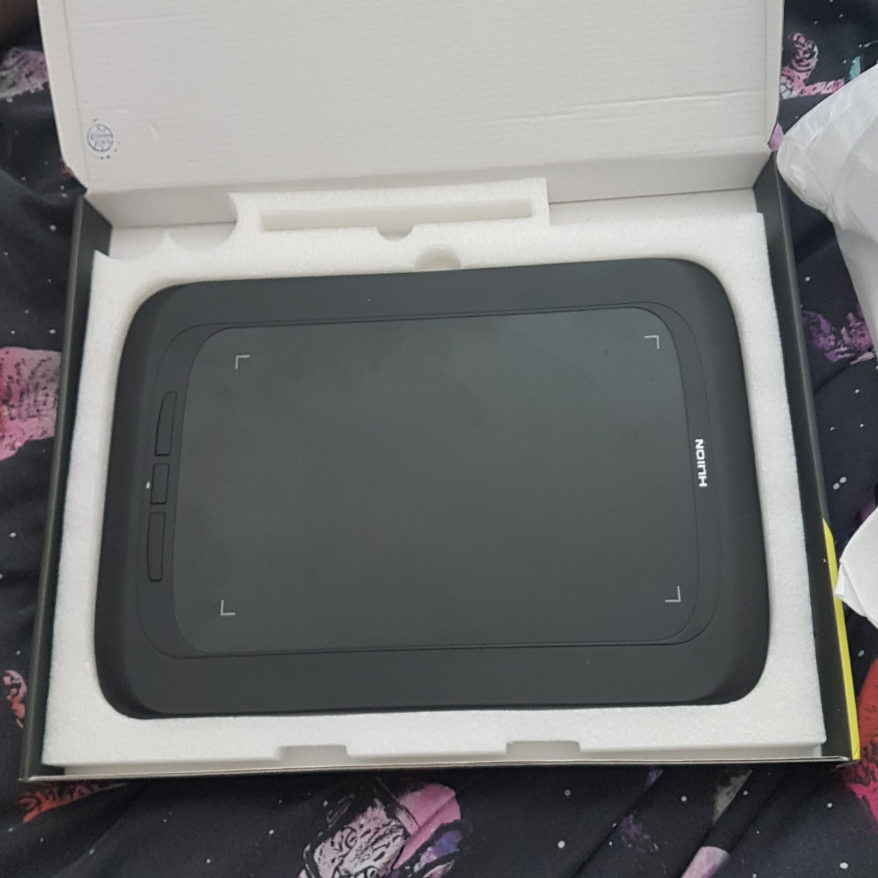 Preowned HUION PENPRO H690 CREATIVE ONE TABLET (    - Depop