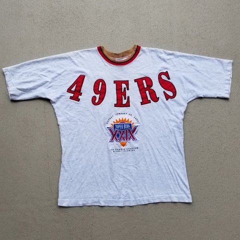 70d371c41 1995 vintage 49ers tshirt with huge embroidery! Great in now - Depop
