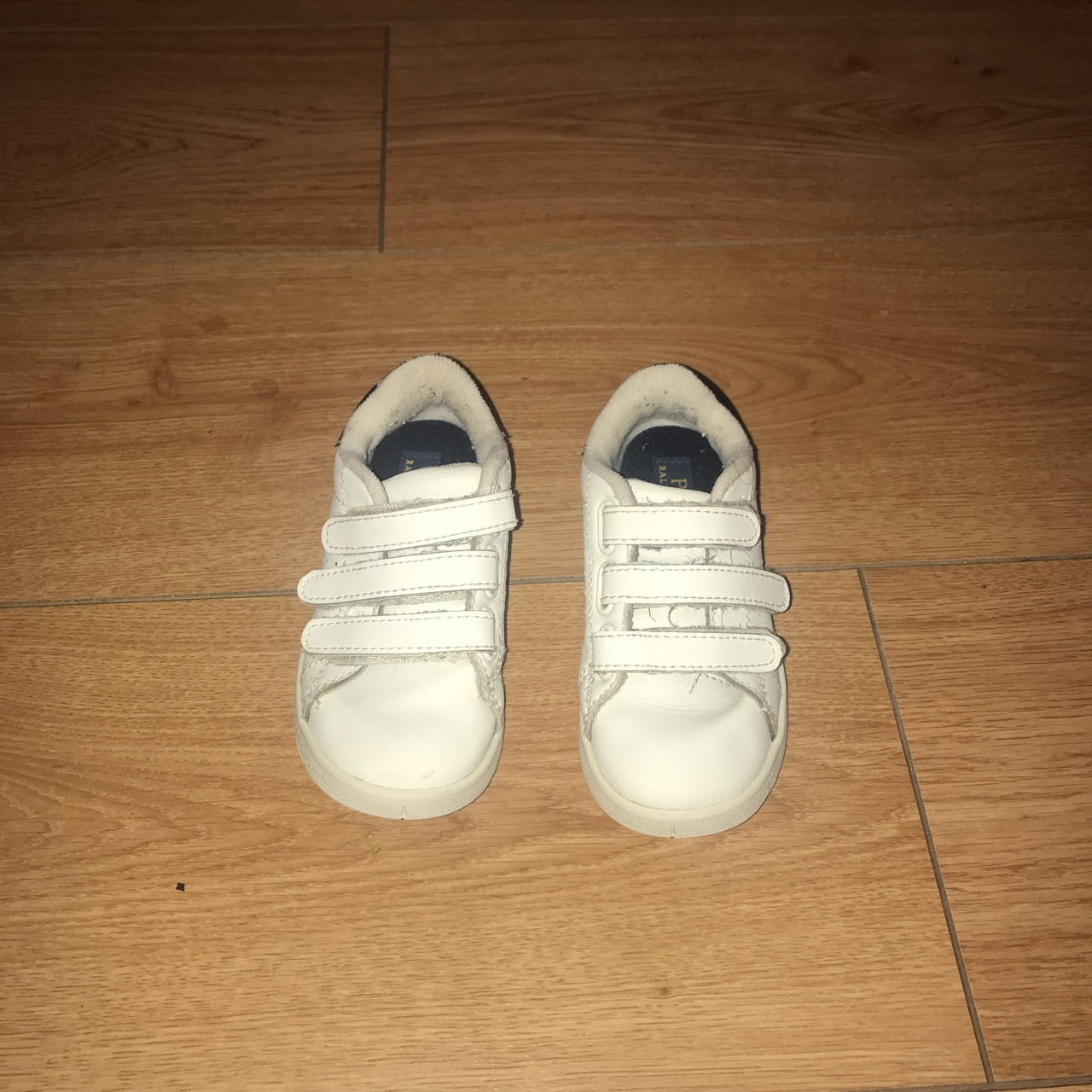 boys trainers size 8