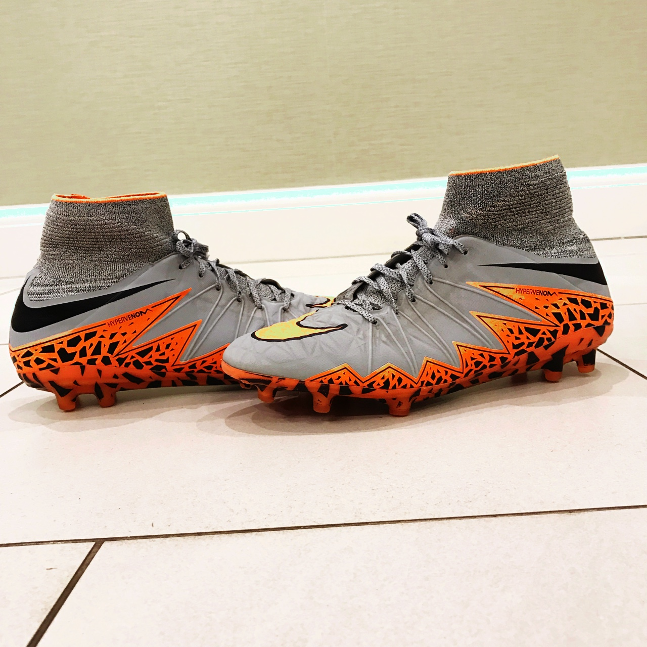 uk availability 4e5be b123e PRICE DROP Nike Hypervenom Phantom 2 FG - Wolf... - Depop