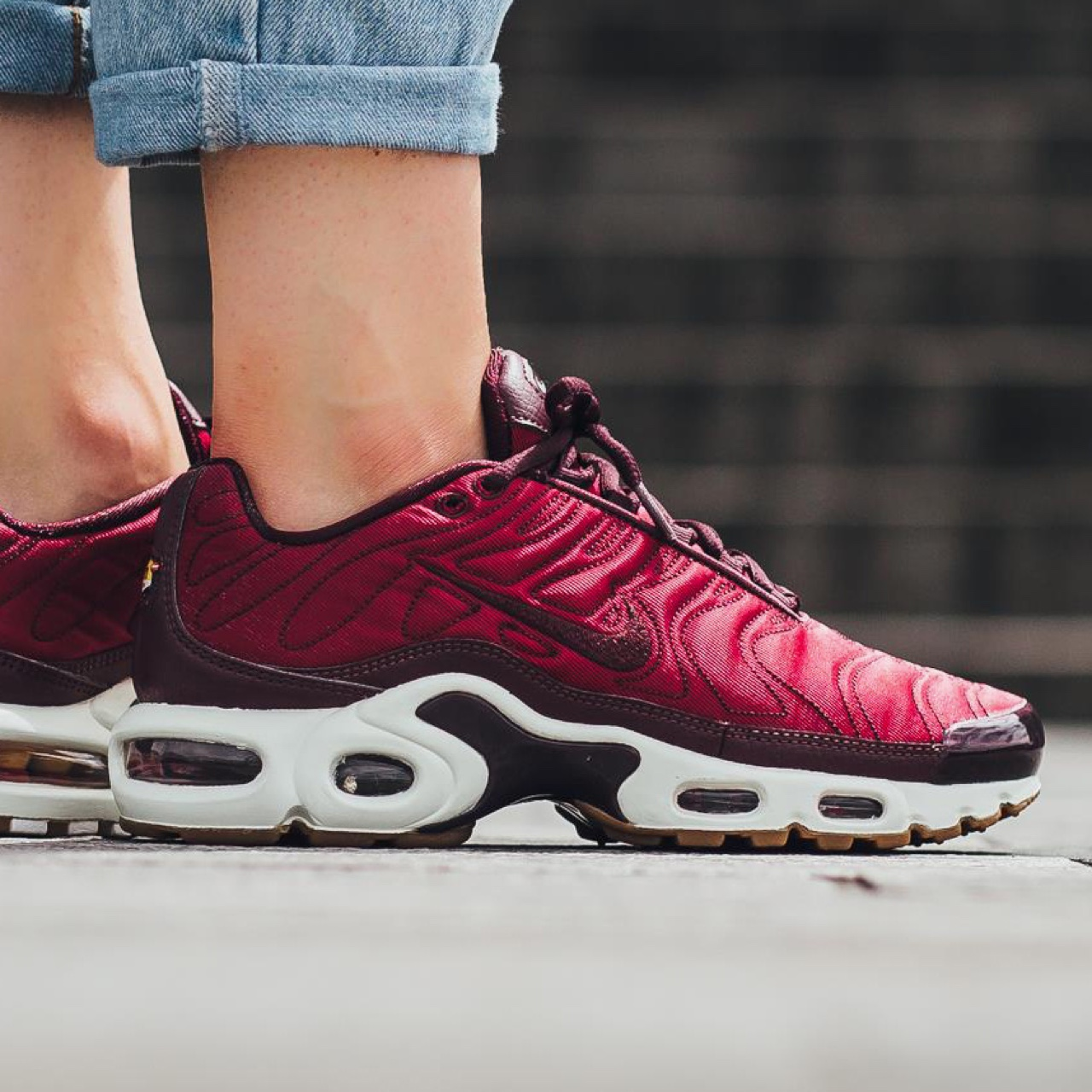 Women's Nike Air Max Plus PRM in Night Nght Maroon