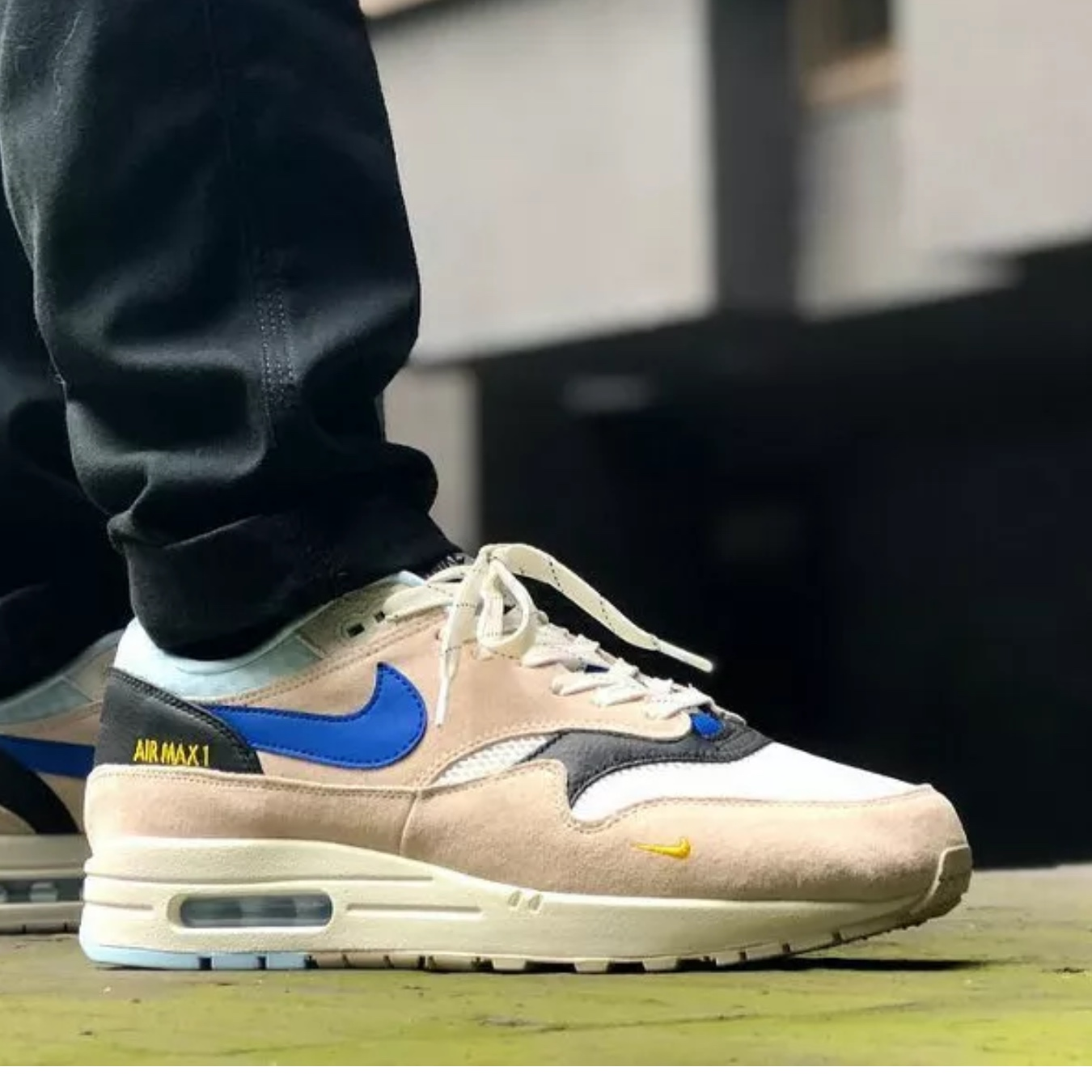 "referencia negocio calendario  Nike Air Max 1 ""Desert Sand Blue"" (AV5188-001) UK7.5... - Depop"