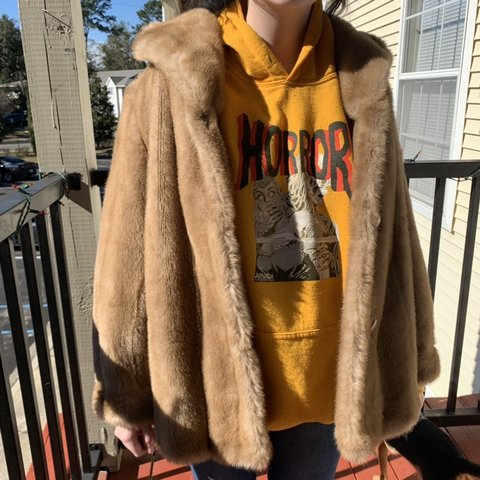 67771143ea17 @nakiahlockwood. 2 months ago. Tallahassee, United States. Vintage light  brown faux fur coat by Dubrowsky ...