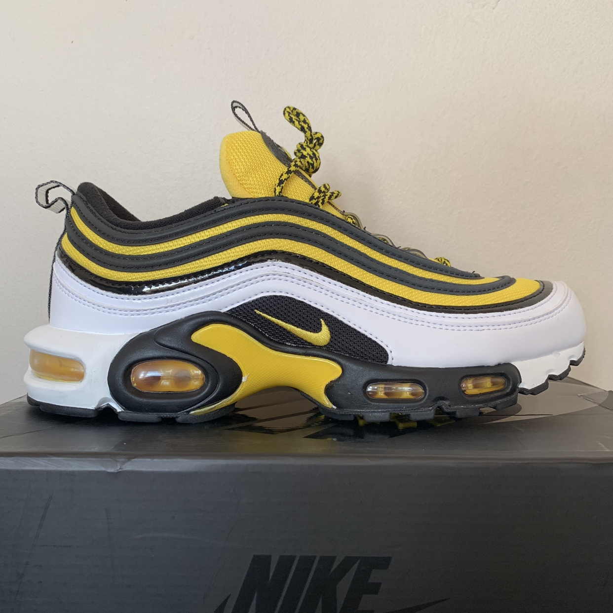 Air Max 97 Plus Black And Yellow 7cd049