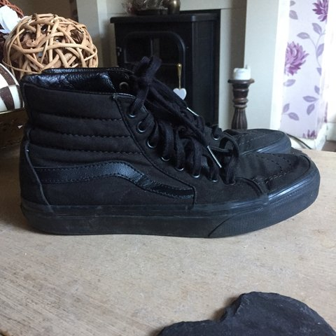 77833707796d9f high top vans old skool style size 5 all black very good and - Depop