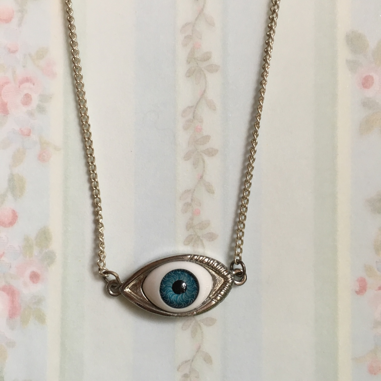 👁👁👁 Eye Necklace 👁👁👁 Super Quirky And Unique!   Depop by Depop