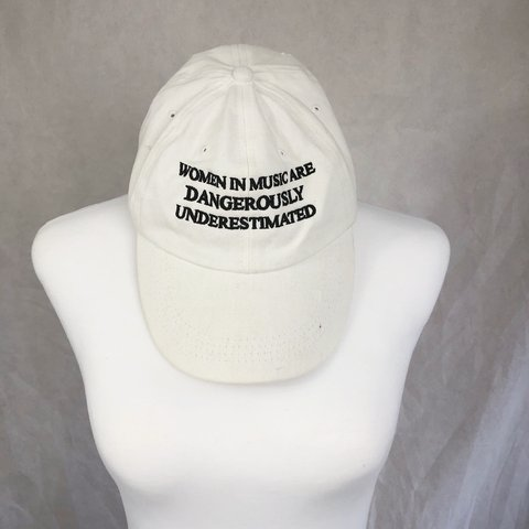 ab9450e2a02aa Unisex Mens Womens Dad Feminist Caps Embroidered Curved Brim - Depop