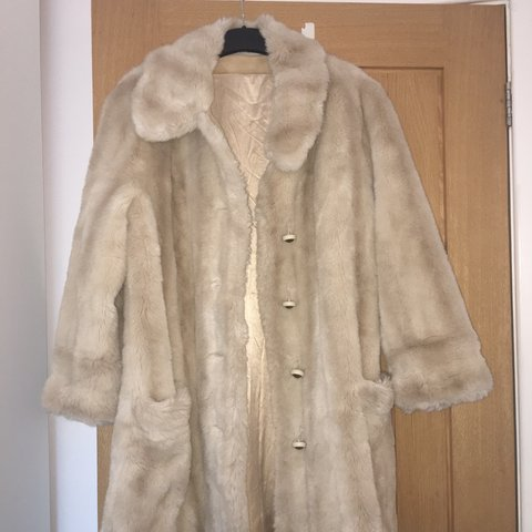 6903514e Genuine stunning vintage faux fur coat by Tissavel. In with - Depop