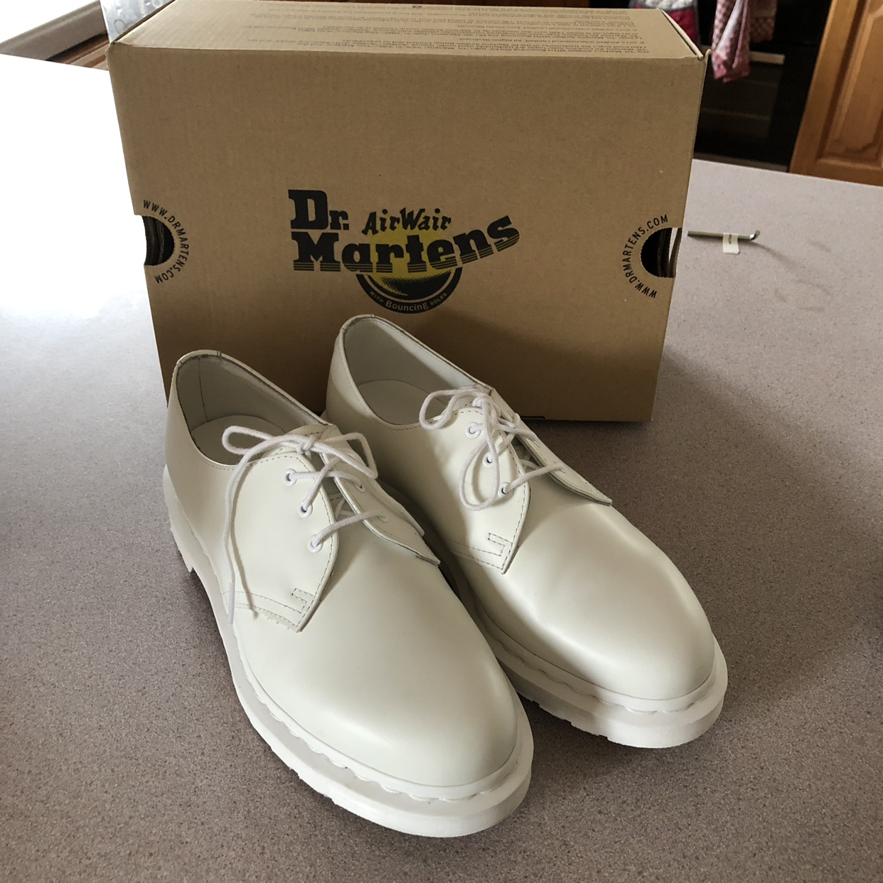 Dr Martens 1461 Mono in Smooth White