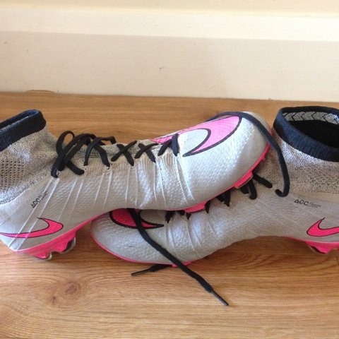 7cc4c0f88 Nike Mercurial Superfly Wolf grey and pink (inserted black a - Depop