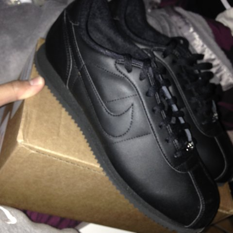 best sneakers 892e1 d3de8 QUICK SALE !!!! NIKE CORTEZ ALL BLACK !! FRESH PAIR    NEVER - Depop