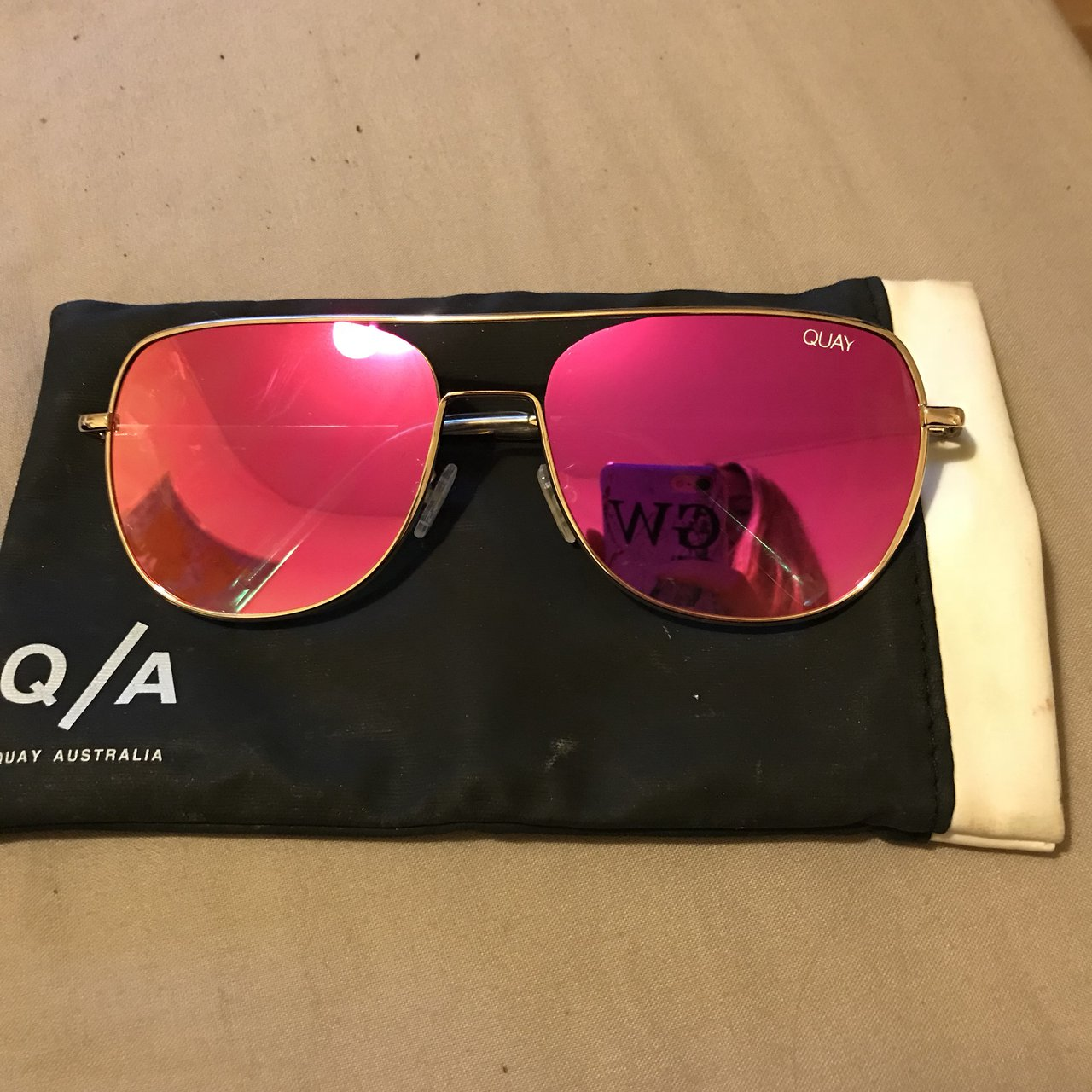 0c04c5bf8e1 Quay Australia sunglasses have been worn so not perfect . is - Depop