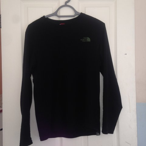 The north face long sleeve top - Depop f7067bad7