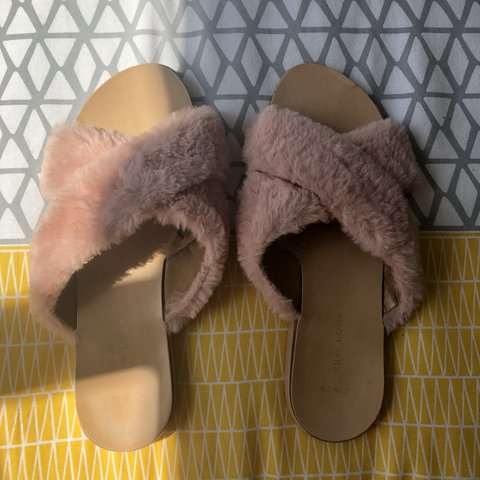 7e256390f648 Pink fluffy cross over sandals  sliders from new look. Worn - Depop