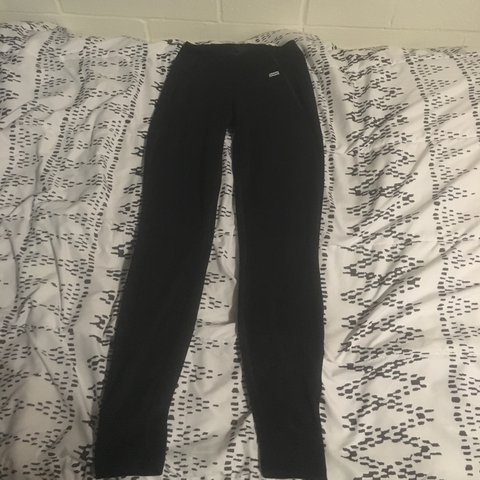 c76a3bd97a9674 Never before worn Patagonia leggings #patagonia #leggings - Depop