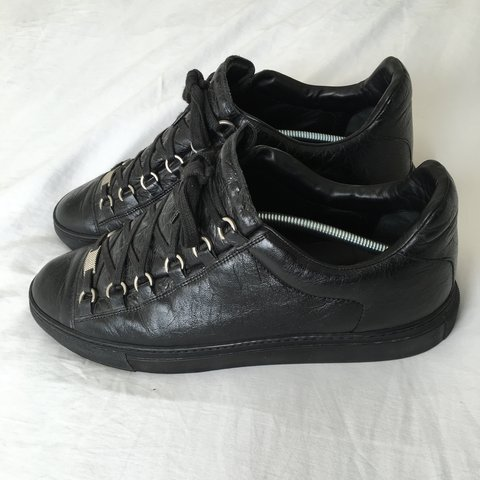 72f0eb77f REDUCED**Black balenciaga arena low top sneaker in 9/10 a - Depop