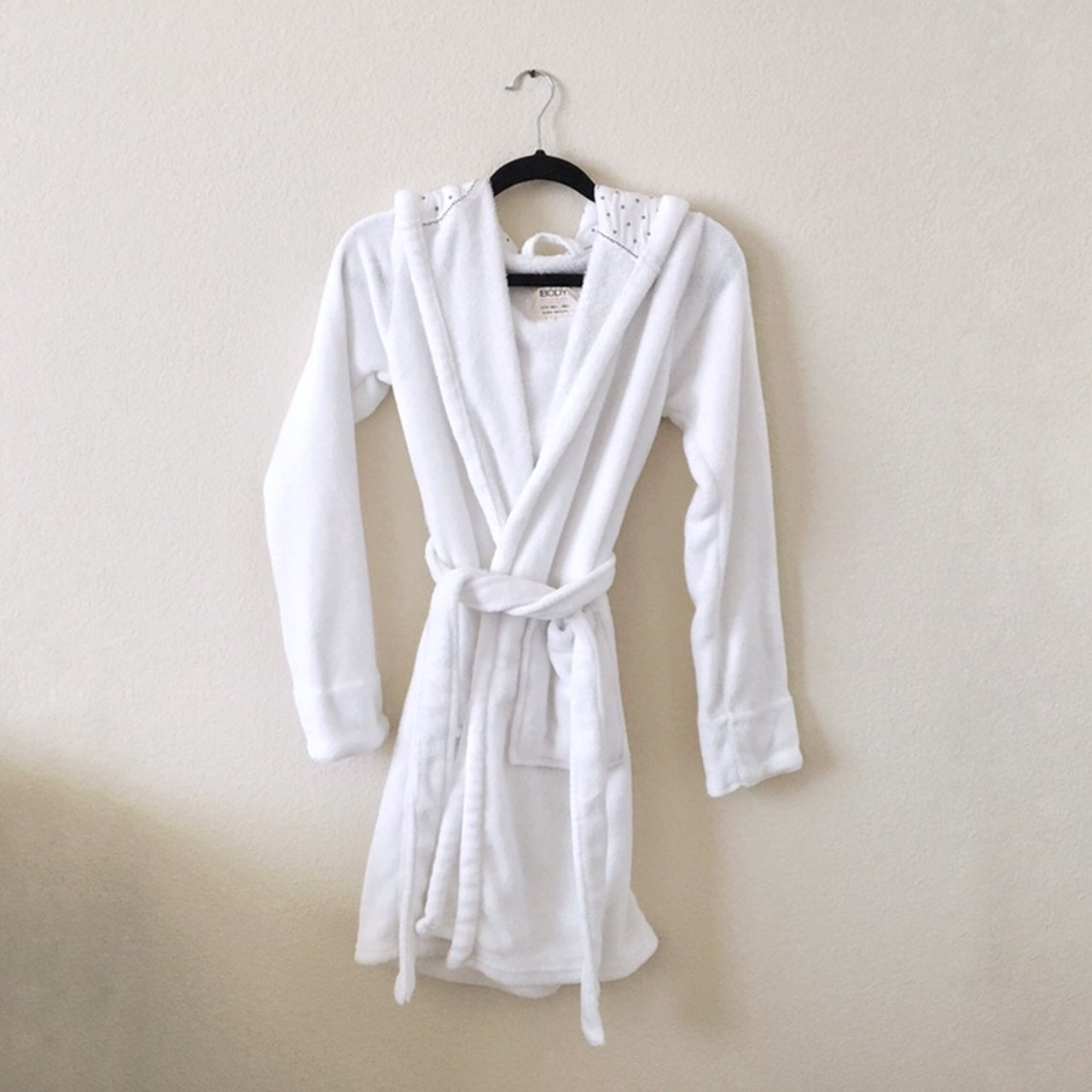 Cotton On White Hooded Robe Also selling one in gray-ish 2 - Depop 534fda075