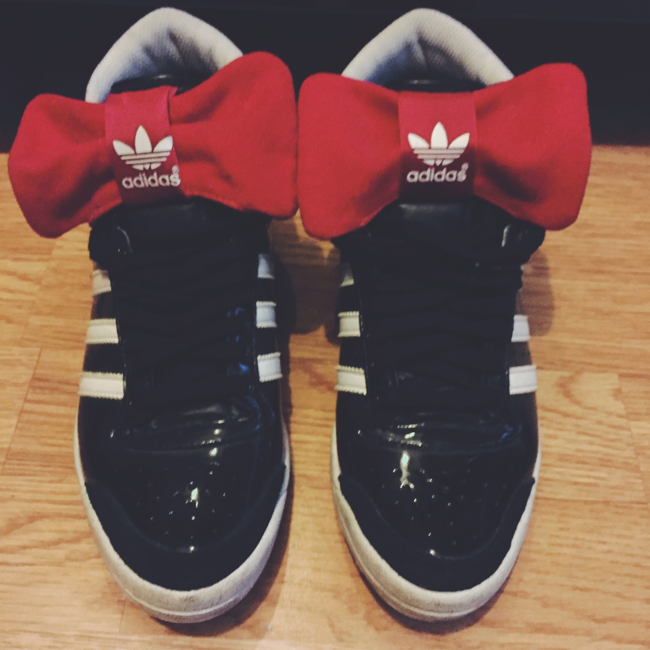 Size 5 adidas Minnie Mouse trainers