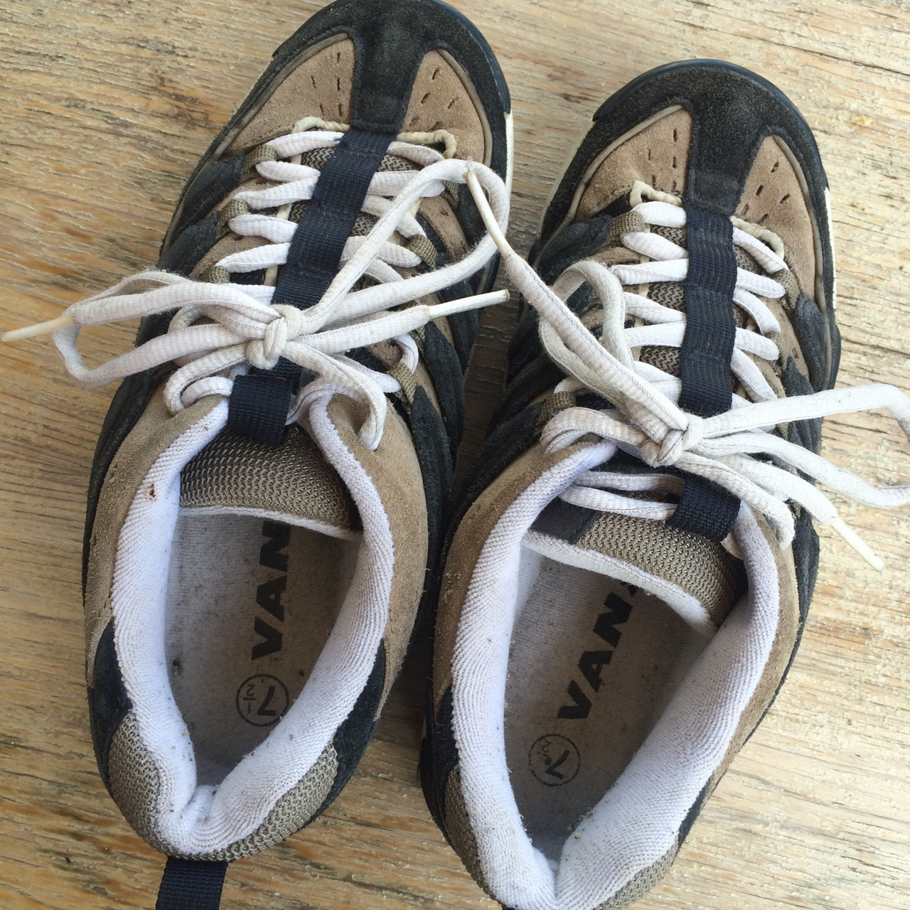 Vintage Vans shoes. Extremely rare incredible Depop