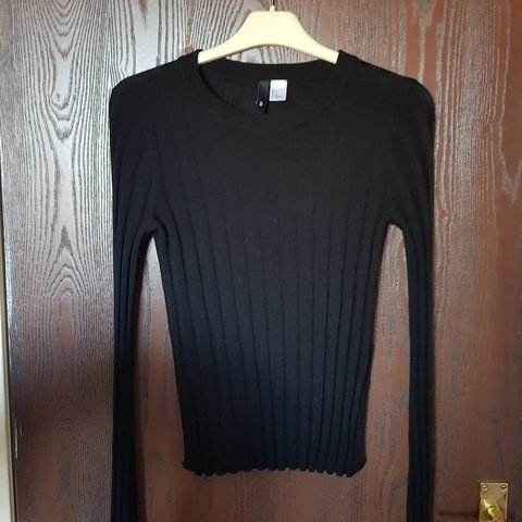 4b54a83a62a1 Black sweater from H&M, size S. Great condition as barely at - Depop