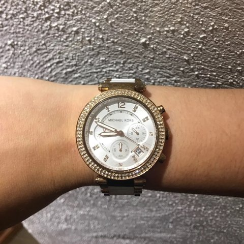 ed2793eb3f1c White and gold Michael Kors watch