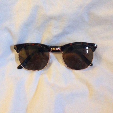 df801eef23 Fake Ray Ban Clubmaster sun glasses