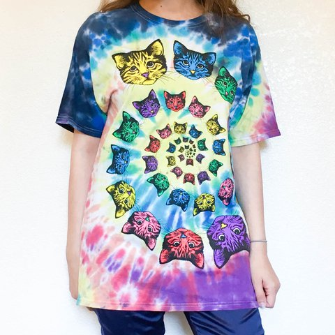 f981b891 Tie Dye Cat T-Shirt | This psychedelic cat-lover wardrobe is - Depop
