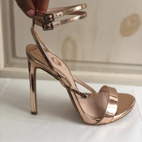 9100d2a5818 The Most Gorgeous Comfy Pair Of Rose Gold Stiletto Heels 7 I - Depop
